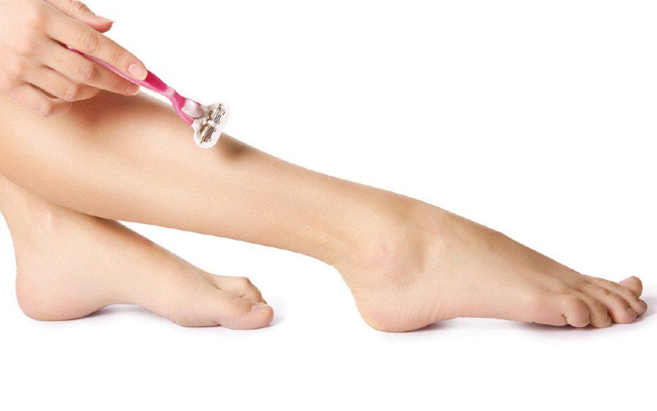 شیو کردن پاها