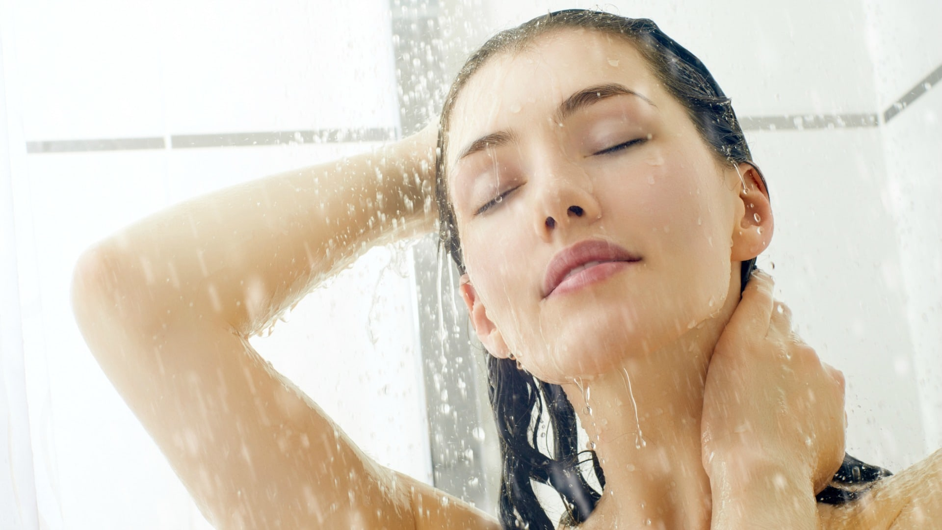 دوش گرفتن روزانه