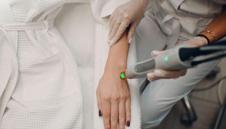 لیزر دست برای از بین بردن موهای زائد